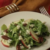 Arugula Salad with Apples, Caramelized Pecans & Blue Cheese