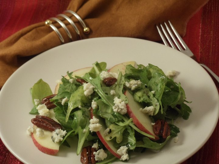 Chicken Apple Arugula Goat Cheese Salad Recipe — Dishmaps