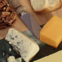 How to Build a Cheese Plate
