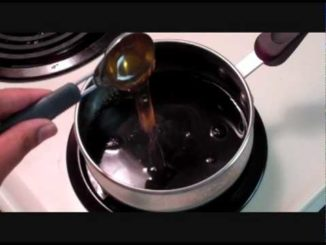 Make balsamic reduction