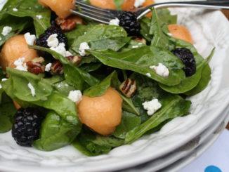 Spinach, Blackberry & Cantaloupe Salad