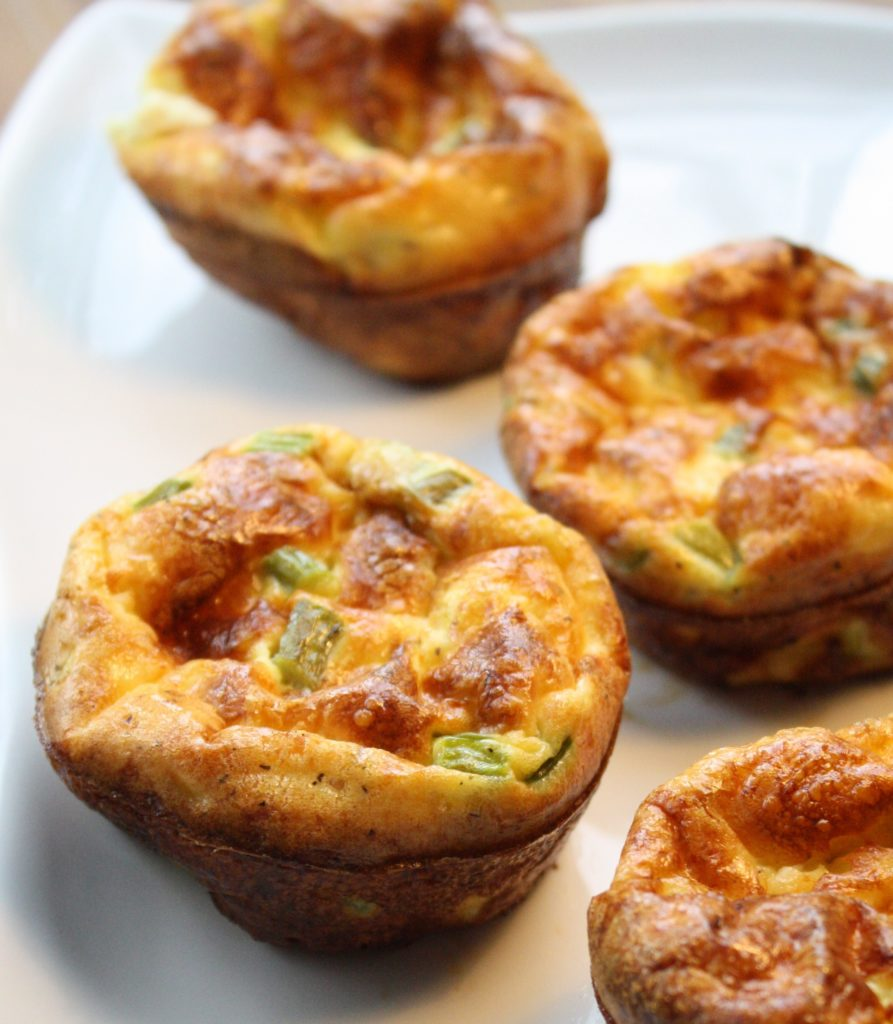 Asparagus, Swiss & Goat Cheese Cup-Quiche - Breakfast on the Go ...