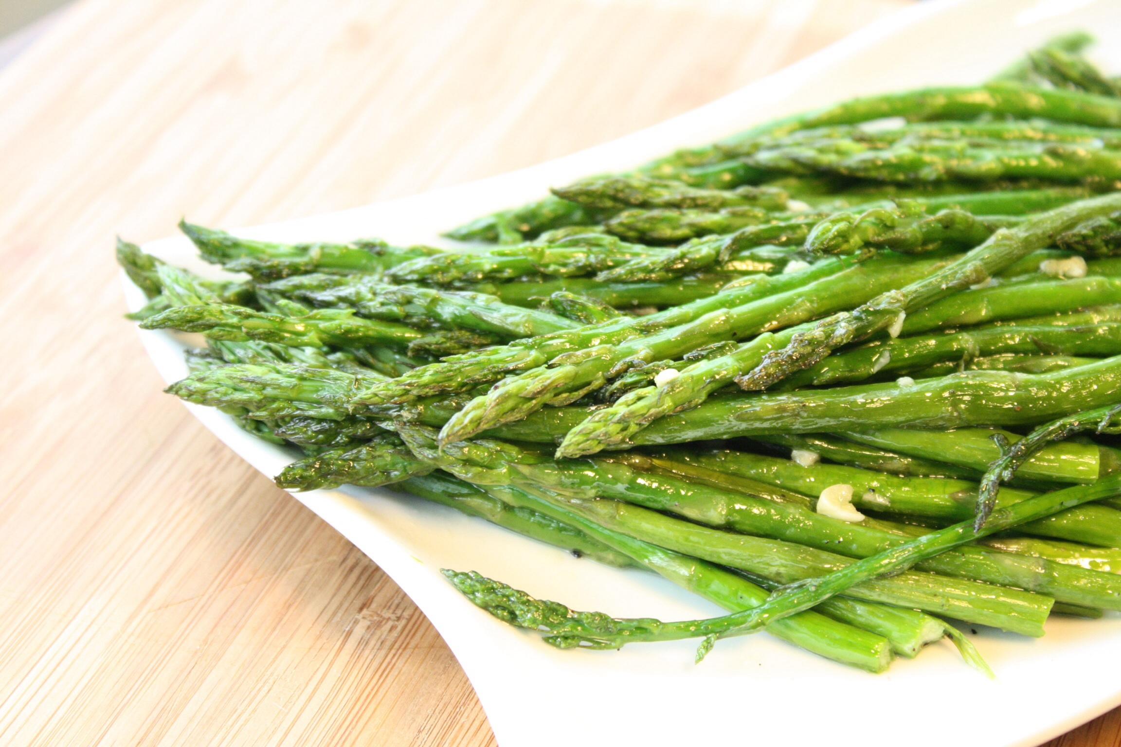 Garlic Roasted Asparagus —