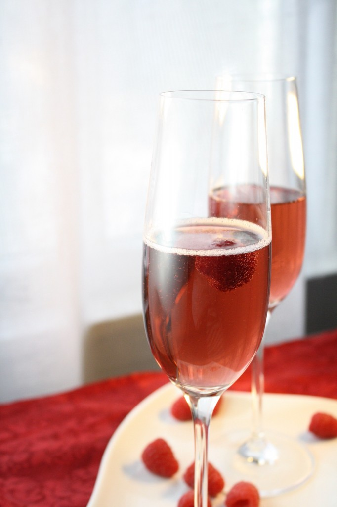 4th of July Recipe - Raspberry Champagne Cocktail