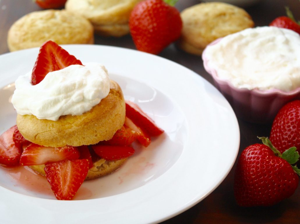 Strawberry Shortcakes for Summer!