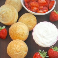 How to Make Strawberry Shortcakes