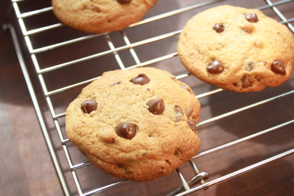 How to Freeze Cookie Dough | Chocolate Chip Walnut ...